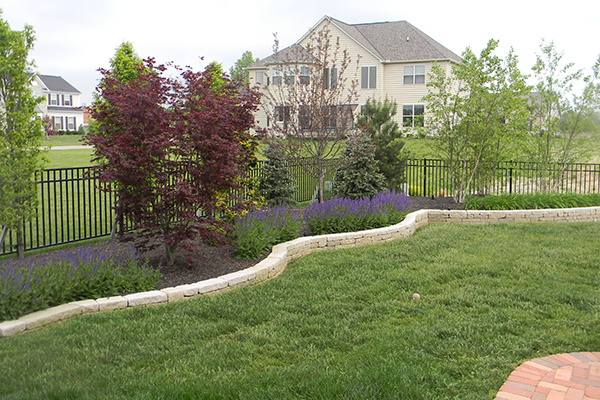 mlh patio landscaping and stone retaining walls