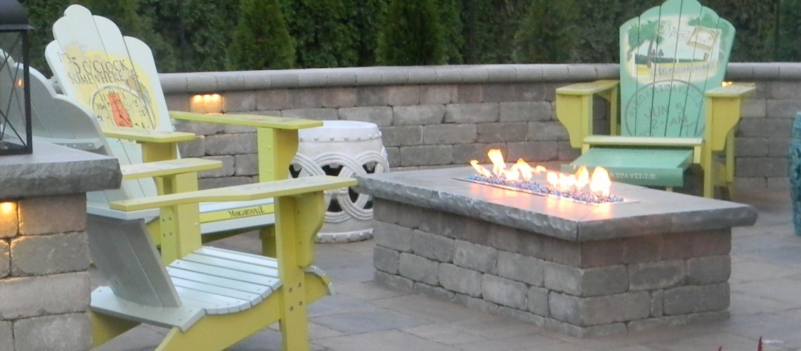 Fire Table On Paver Patio Landscaping Outdoor Kitchens