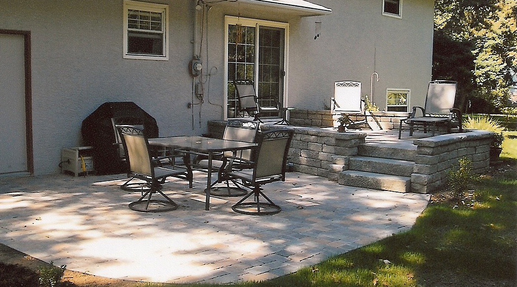 Stone Patio In Gahanna Ohio Landscaping Outdoor