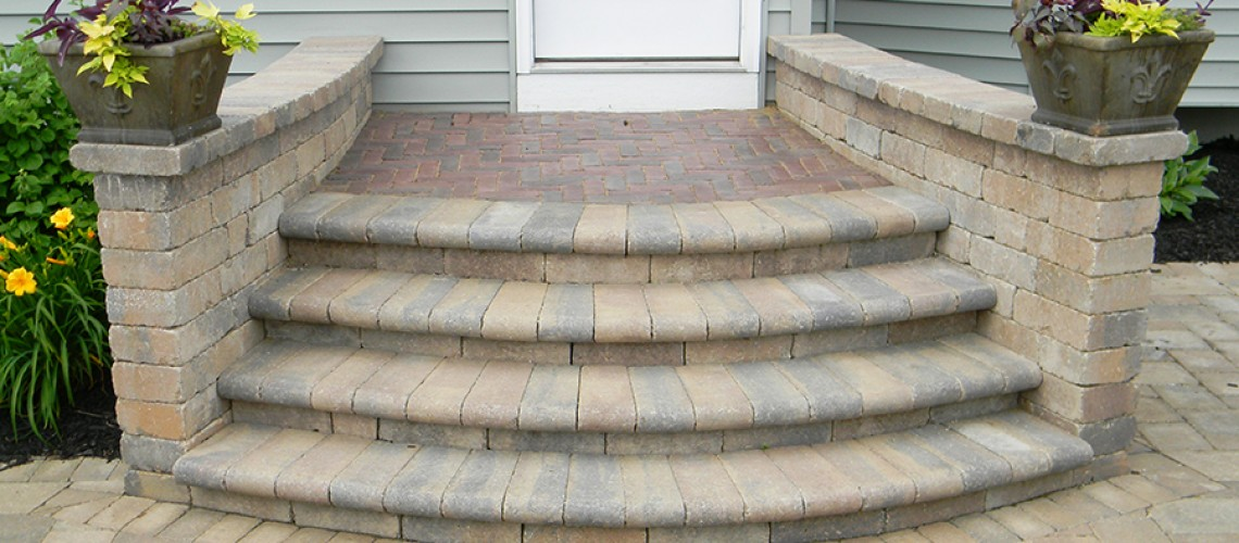 Many Styles of Paver Steps