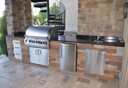 Outdoor Kitchen in Tartan Field