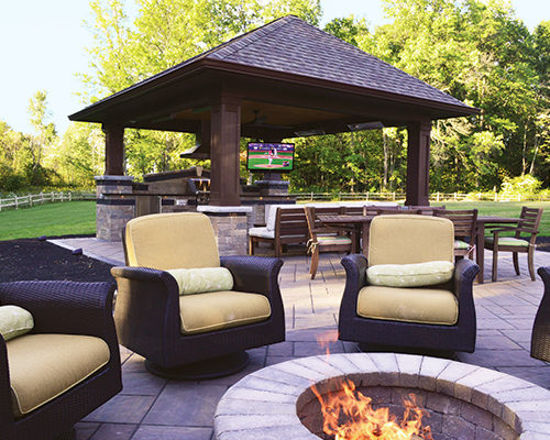 Pavilion Outdoor Kitchen and Firepit