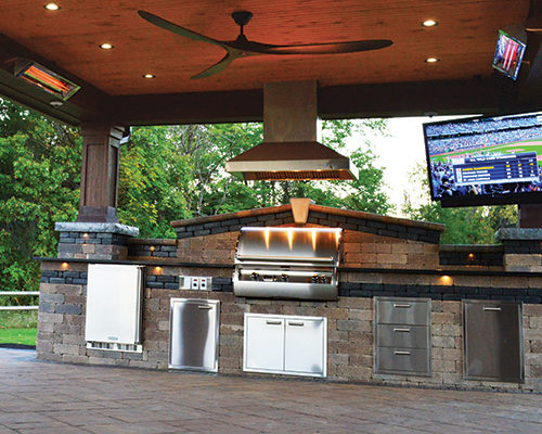 Outdoor Kitchen Pavillion